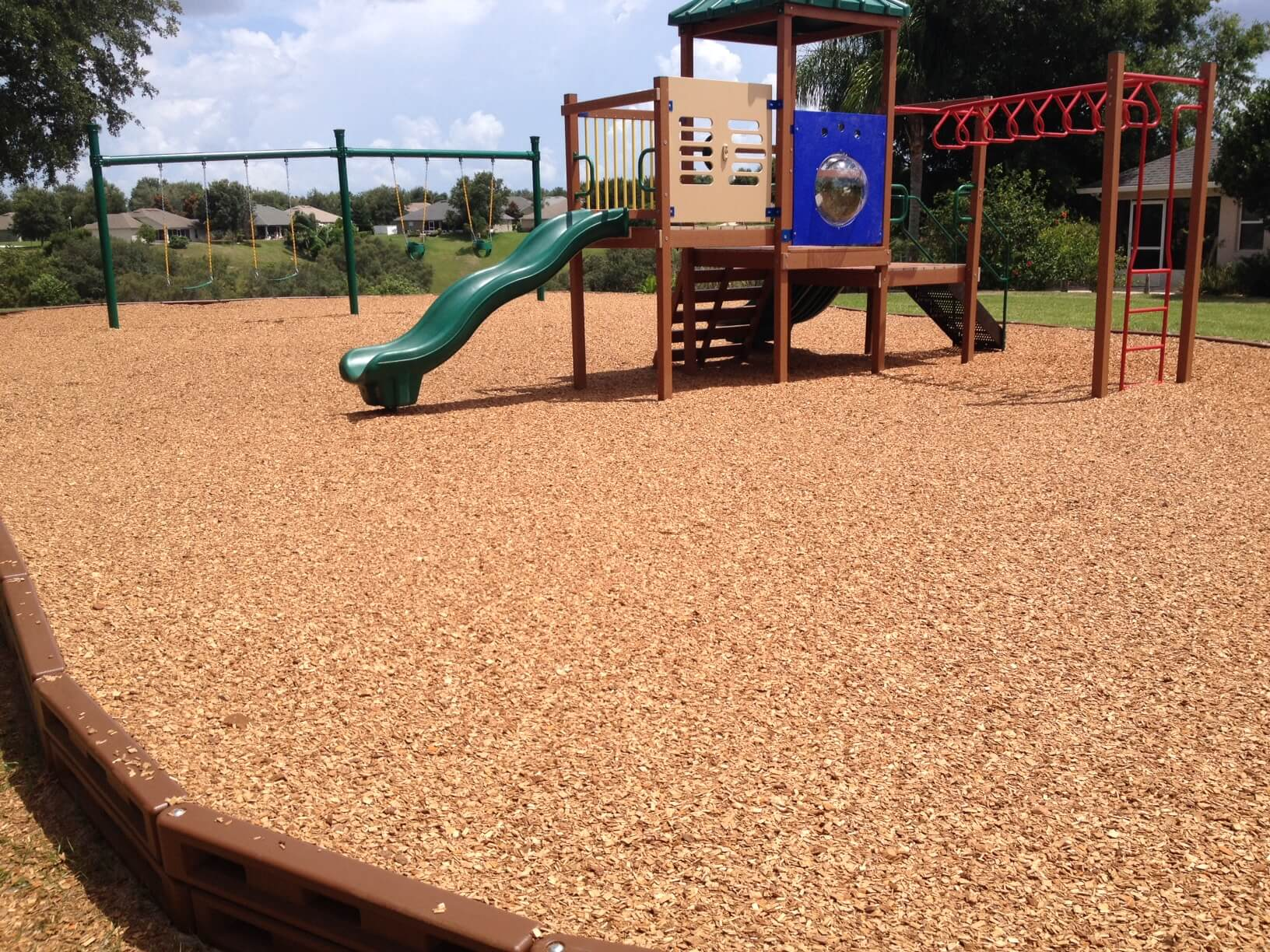 Wood Mulch -- Ideal For Cost-effective Fall Protection